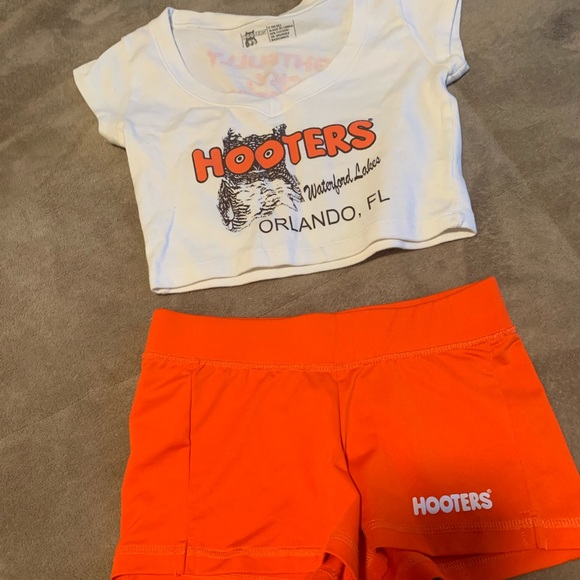 Hooters Other - Hooters uniform/Halloween costume